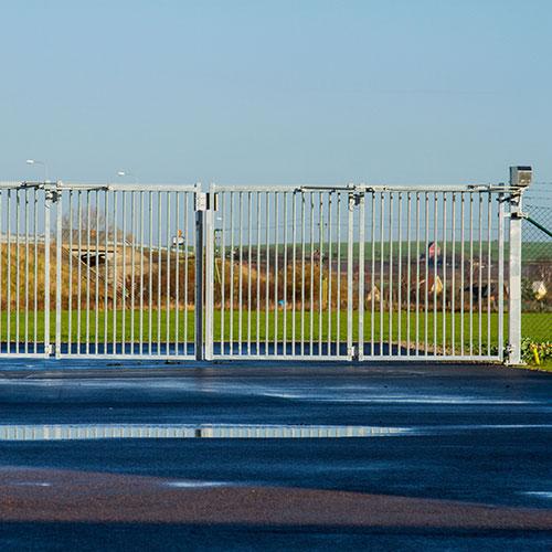 Quickfold gate