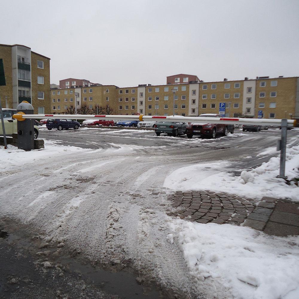 Gard8, parkering